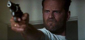 everybodywantstokillbruce2-gunpoint-willis