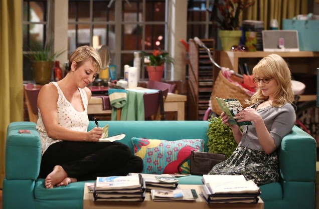 """""""The Junior Professor Solution"""" -- The tension between Penny (Kaley Cuoco-Sweeting, left) and Bernadette (Melissa Rauch, right) gives Amy a chance to play both sides, on THE BIG BANG THEORY, Monday, Sept. 22, 2014 (8:30-9:00 PM, ET/PT), on the CBS Television Network. Photo: Michael Ansell/CBS ©2014 CBS Broadcasting, Inc. All Rights Reserved"""